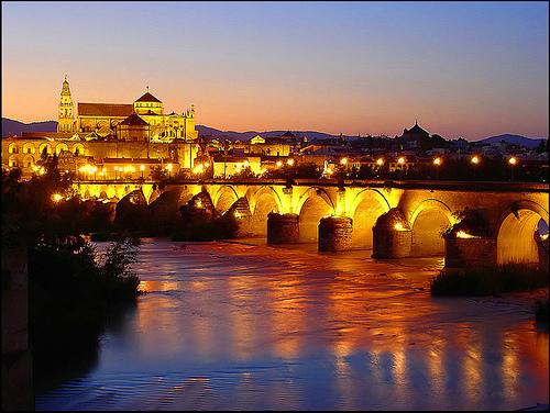 Anochecer en la Mezquita de Córdoba por danilovic_cba.