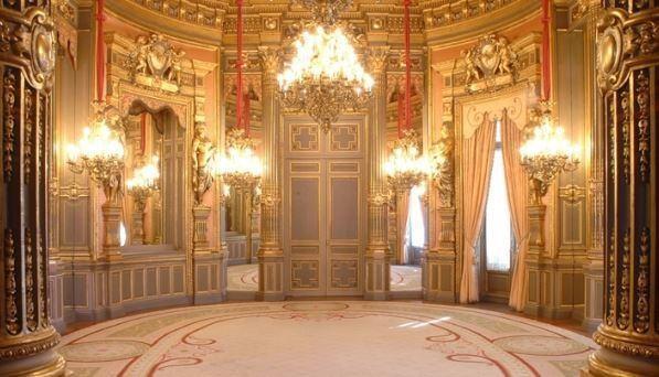 palacio-linares.jpg