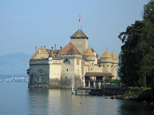 castillo-chillon-byGregTheBusker