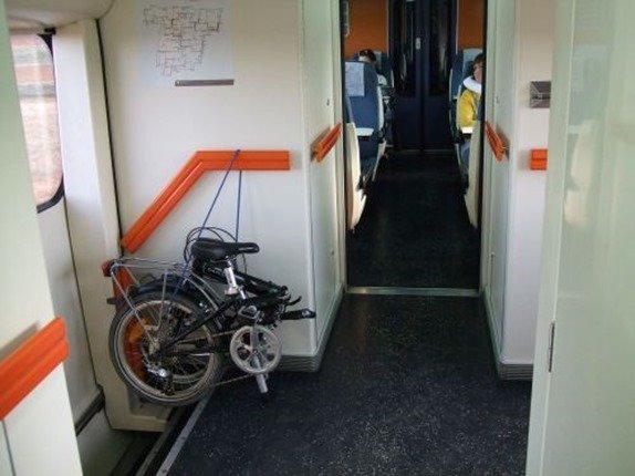 Viajar con bicicletas en el tren