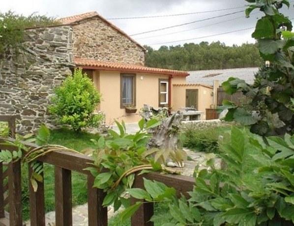 casa-rural-en-aldea_thumb.jpg