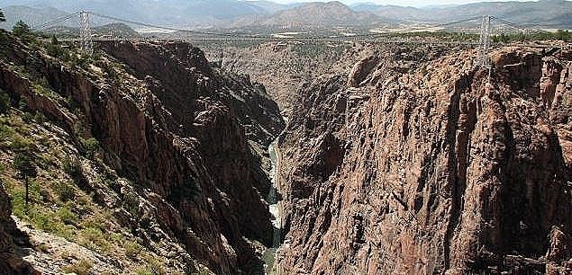Royal-Gorge-Bridge-Caon-City-Colorado.jpg