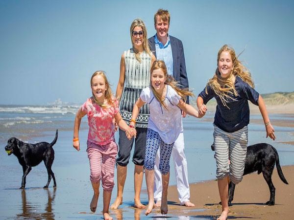 playas-para-perros-en-españa-familia